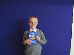 Lachlan Year 4 My favourite book is The Demon Dentist by David Walliams. I love this book because the story has lots of interesting characters and some parts are funny and gruesome.